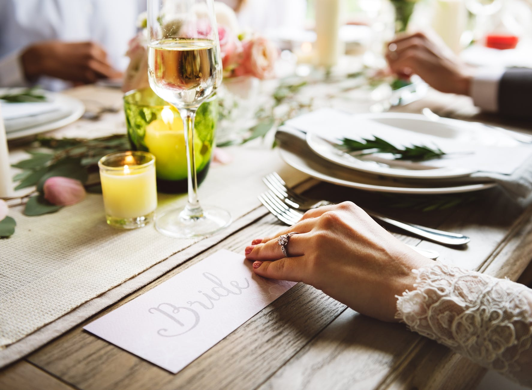 5 Frugal Wedding Ideas That Will Blow Your Mind